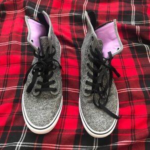 Van sneakers sizd 9